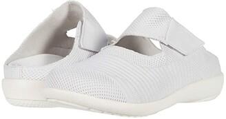 Spenco Magnolia (Black) Women's Shoes