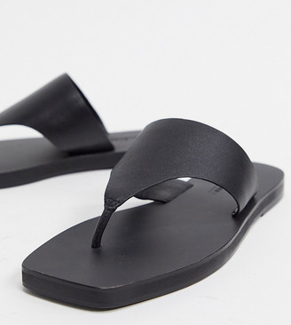 ASOS DESIGN Wide Fit Fae leather flat sandals in black