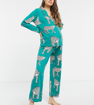 Chelsea Peers Maternity eco poly leopard print long revere pyjama set in green
