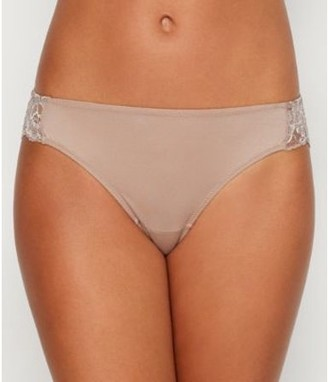 Maidenform Womens Comfort Devotion Lace Tanga Style-40159