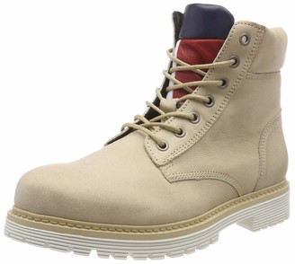 Tommy Jeans Hilfiger Denim Men's Iconic Nubuck Boot Chukka