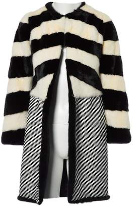 N. Non Signé / Unsigned Non Signe / Unsigned \N Black Mink Coats