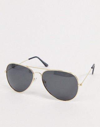 SVNX aviator sunglasses in gold with black lens