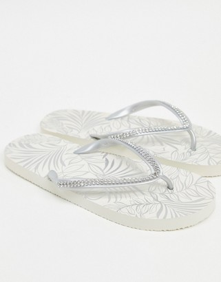 Accessorize Eva thong flip flops in silver