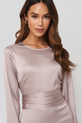 NA-KD Belted Satin Midi Dress Pink
