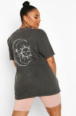 boohoo Plus Sun & Moon T-Shirt