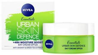 Nivea Daily Essentials Urban Skin Defence Moisture Boost Day Cream SPF20 50ml