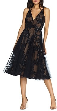 Dress the Population Courtney Sequinned Lace Midi Dress
