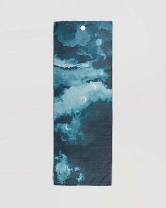 Manduka Grey Yoga Accessories - Yogitoes Skidless Yoga Mat Towel - Size One Size at The Iconic