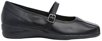Wide Steps Brianna Black Glove Flat Shoes