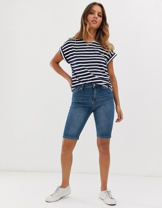 Miss Selfridge longline shorts in mid wash-Blue