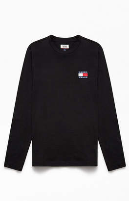 Tommy Jeans US Badge Long Sleeve T-Shirt