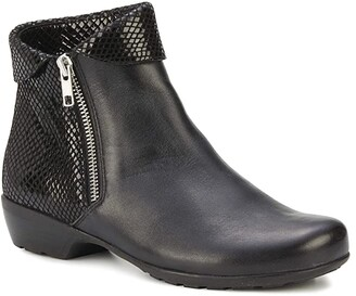 Walking Cradles Emmy (Black Nappa/Patent Snake Print) Women's Boots