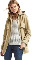 Gap Water-resistant short hooded trench