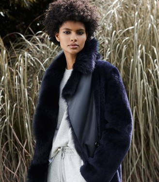 Reiss DEMI LONGLINE SHEARLING COAT Navy