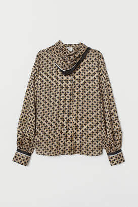 H&M Satin Blouse with Scarf - Gray