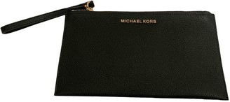 Michael Kors Green Leather Clutch bags