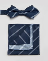 Minimum Bow Tie And Pocket Square Set In Stripe