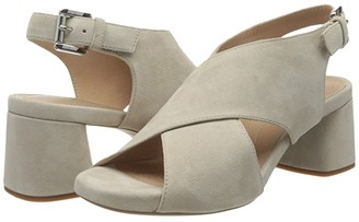 Geox Genziana Mid 3 (Light Taupe) Women's Shoes