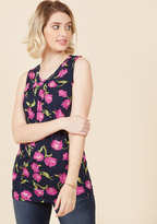 Charmed, Indeed Tank Top in Navy Floral in M