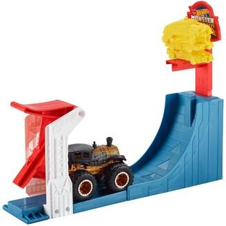 Mattel Hot Wheels(R) Monster Trucks Big Air Breakout Playset