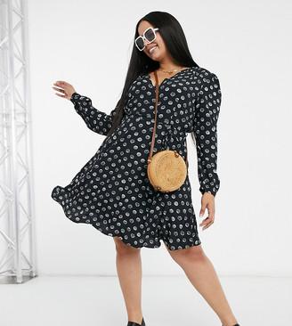Glamorous Curve long sleeve v-neck tea dress in shell print