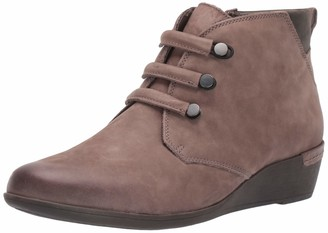 Cobb Hill Women's Devyn Chukka Boot