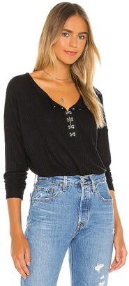 Chaser Long Sleeve Hook And Eye Henley