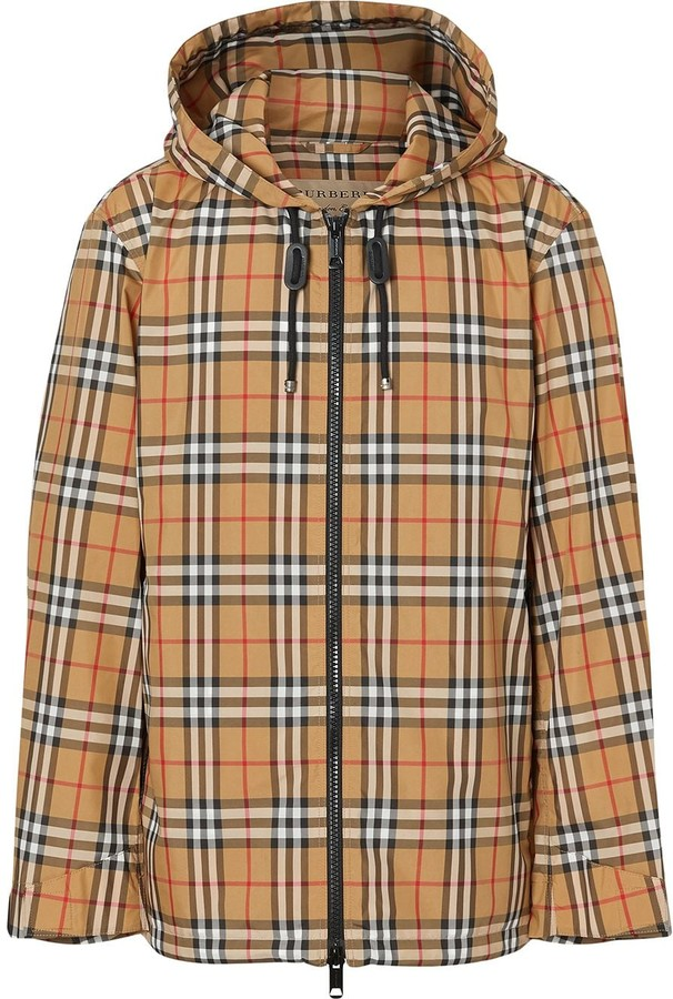 ea286eed8e6 Burberry Men No Sleeve Jacket - ShopStyle