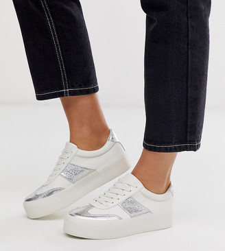 ASOS DESIGN Wide Fit Detect flatform trainers in white and silver