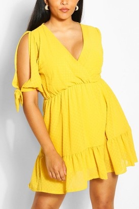 boohoo Plus Dobby Mesh Split Tie Sleeve Skater Dress