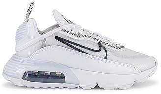 Nike 2090 Sneaker