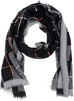 Caractere Oblong scarves