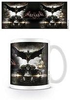 Set: Batman, Arkham Knight, Teaser Photo Coffee Mug (4x3 inches) And 1x 1art1® Surprise Sticker