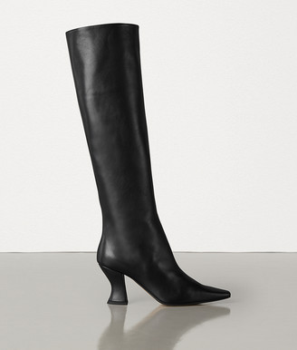 Bottega Veneta Almond Boots In Calf