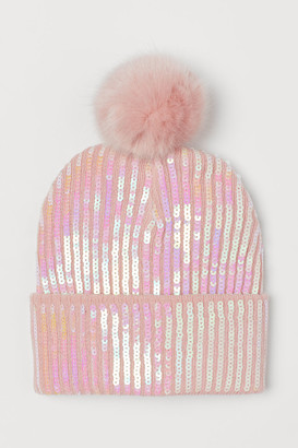 H&M Knitted hat with sequins