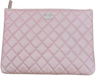 Chanel Pink Leather Clutch bags