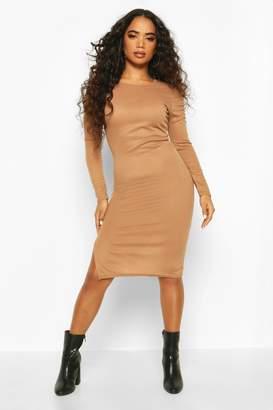 boohoo Petite Ruched Shoulder Knitted Rib Midi Dress