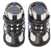 Robeez R) Jogging Josh Slip-On Crib Sneaker