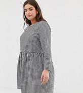 Daisy Street Plus long sleeve smock dress in gingham