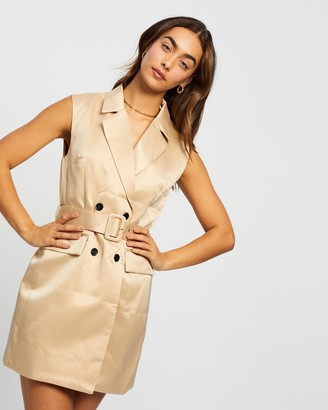 Missguided Sleeveless Belted Blazer Dress