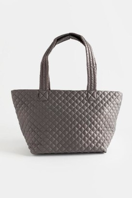 francesca's Camrenn Quilted Puffer Tote - Light Gray