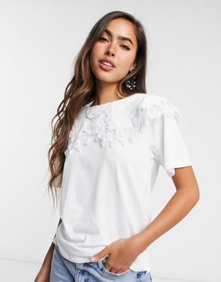 Stradivarius collar detail embroidered t-shirt in white