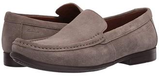 Clarks Claude Plain (Tan) Men's Shoes