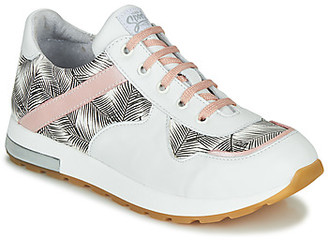 GBB LELIA girls's Shoes (Trainers) in White