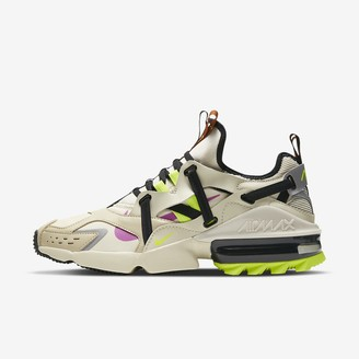 Nike Men's Shoe Infinity Winter