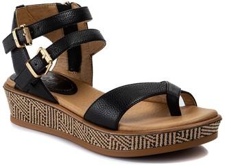 Ladie Flatform Sandal
