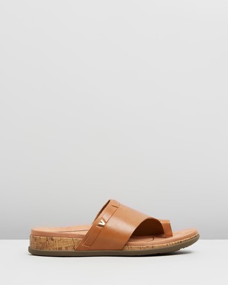 Vionic Women's Flat Sandals - Cindy Sandals - Size One Size, 6 at The Iconic