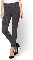 New York & Co. 7th Avenue - High-Waist Pull-On Ankle Legging - Ultra Stretch - Dot Print