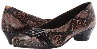 SoftStyle Soft Style Pleats Be With You (Natural Python) Women's 1-2 inch heel Shoes